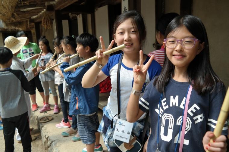 부여 청소년방과후아카데미 전통문화 체험 장면.jpg